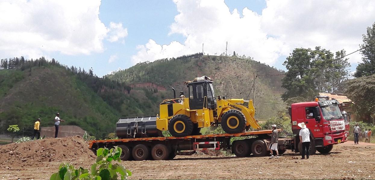 Rusumo-equipment-mobilization